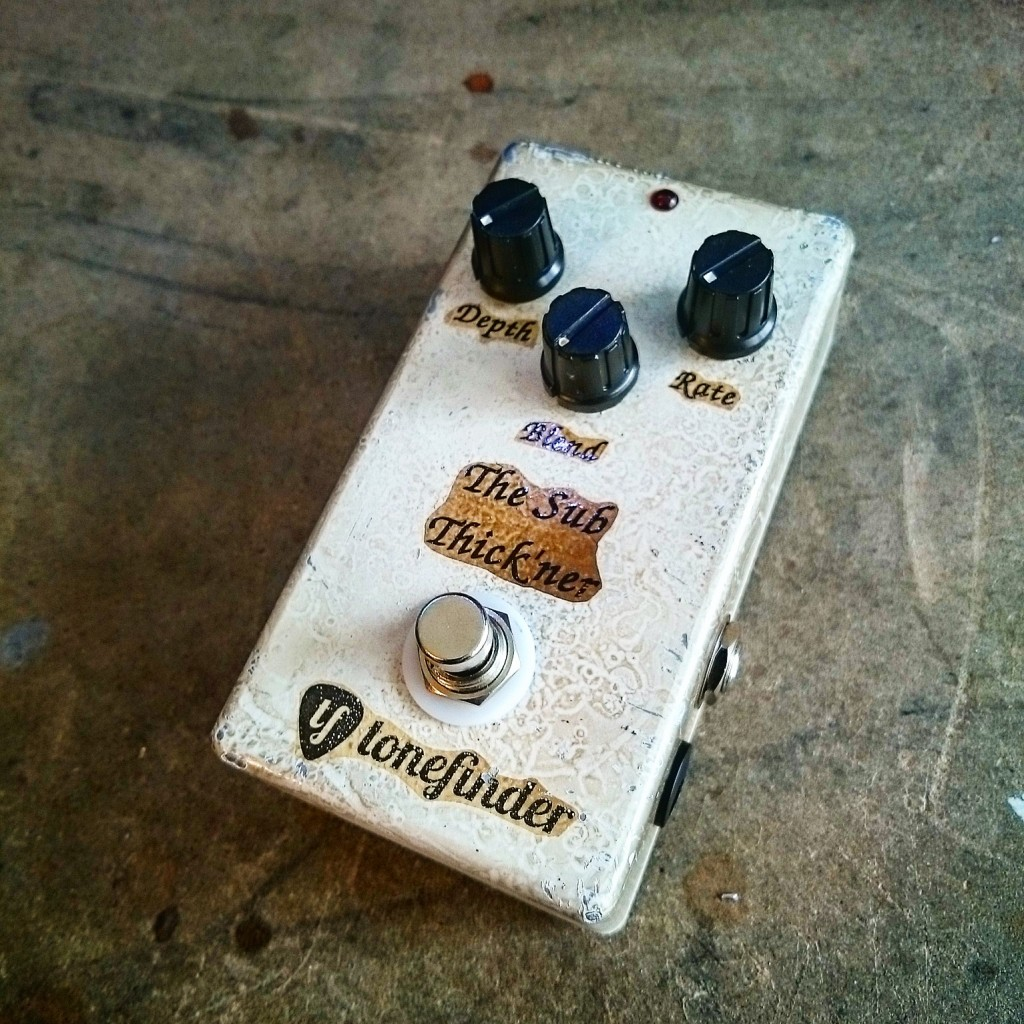 The Tonefinder Sub Thick'ner - A gorgeous sounding bass chorus pedal