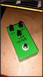 My take on the classic Ibanez TS-808, the TF-919 is the made from the very,very best components for uncompromising tone and quality.